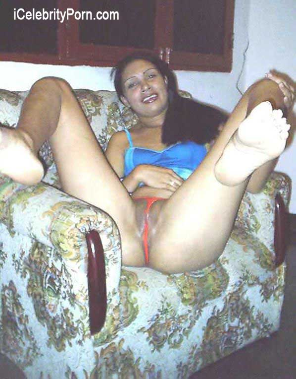 Nude mature thai women photo gallery
